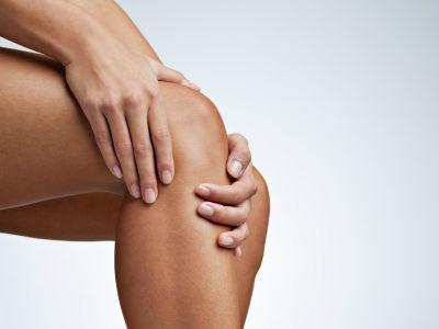 Травмобезопасность в йоге при работе с коленными суставами
