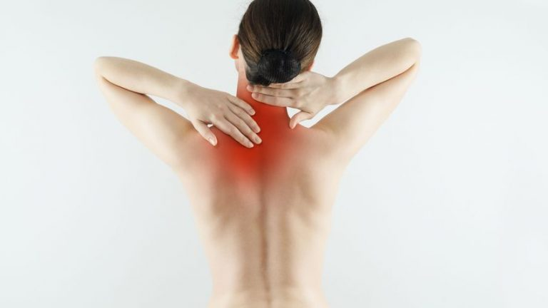 Травмобезопасность в йоге при работе с шейным отделом