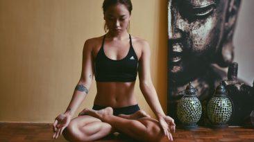 позы для медитации и пранаямы