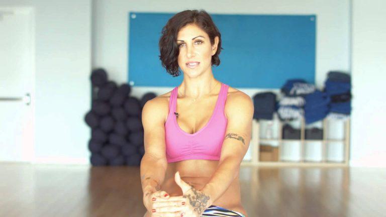 йога для суставов: польза или вред