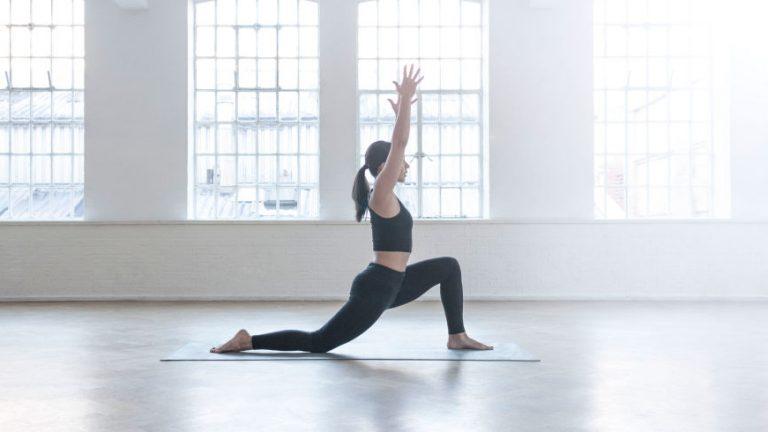 Травмобезопасность в йоге при работе с тазобедренными суставами