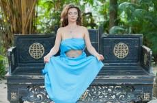 Йога для Женщин на убывающую Луну от Виктории Рай видео обучение
