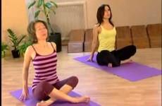Йога в Казани, Yoga house, скручивания  Занятие от центра йоги в Казани Yoga house
