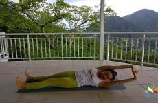 Упражнение «Скручивание для спины лежа»!